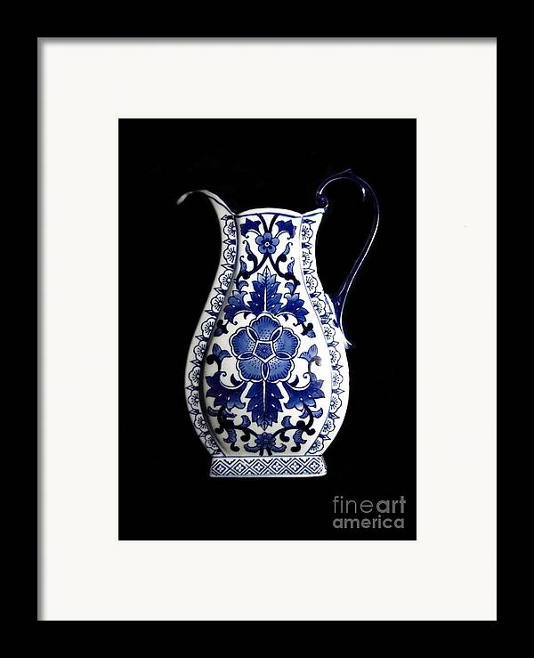 Blue And White Porcelain Framed Print featuring the photograph Porcelain1 by Jose Luis Reyes