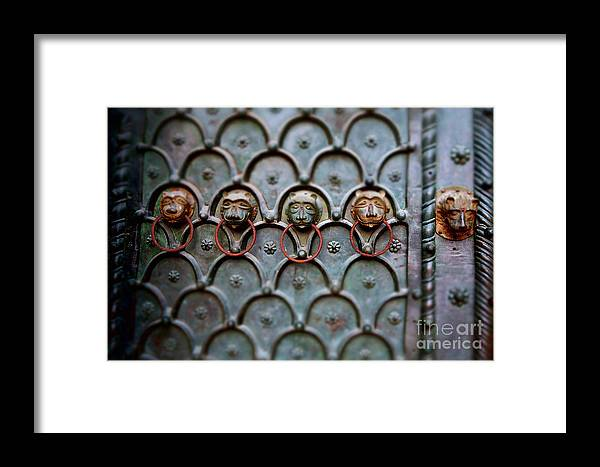 Framed Print featuring the photograph Porta by Gabrielle Oshiro