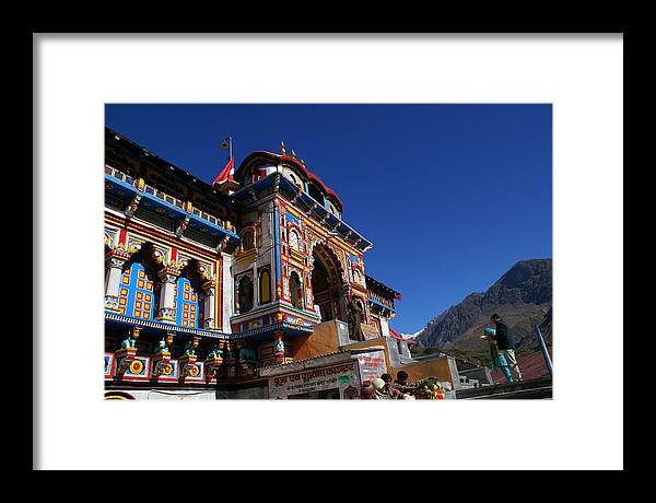 Landscape Framed Print featuring the photograph Prayers At Badrinath Temple by Padamvir Singh