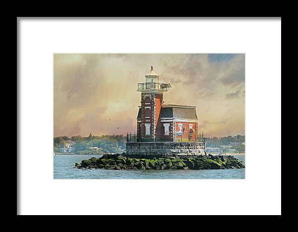 Stepping Stones Lighthouse Framed Print featuring the photograph Quaint Stepping Stones Lighthouse by Diana Angstadt