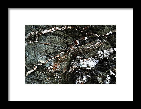 Rhode Island Framed Print featuring the photograph Quartz Streaks. by Ashley Knowles