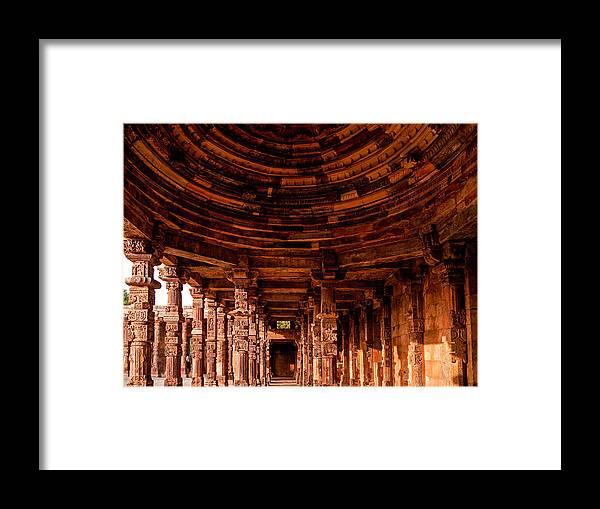 Qutub Minar Framed Print featuring the photograph Qutub Minar by M G Whittingham