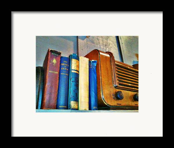 Radio Print Framed Print featuring the photograph Radio by Robert Smith