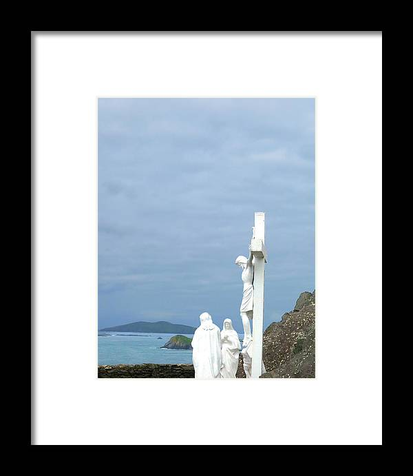 Dingle Peninsula Framed Print featuring the photograph Remembering The Sacrifice by Walter E Koopmann