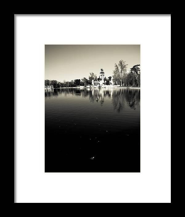 Water Framed Print featuring the photograph Retiro by Felix M Cobos