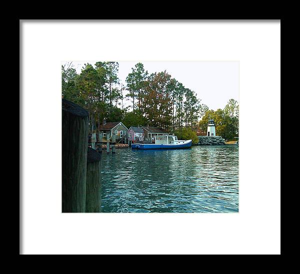 Pat Turner Framed Print featuring the photograph River Marker Light by Pat Turner