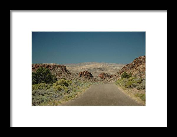 Scenic Framed Print featuring the photograph Roadway To Peace by Lori Mellen-Pagliaro