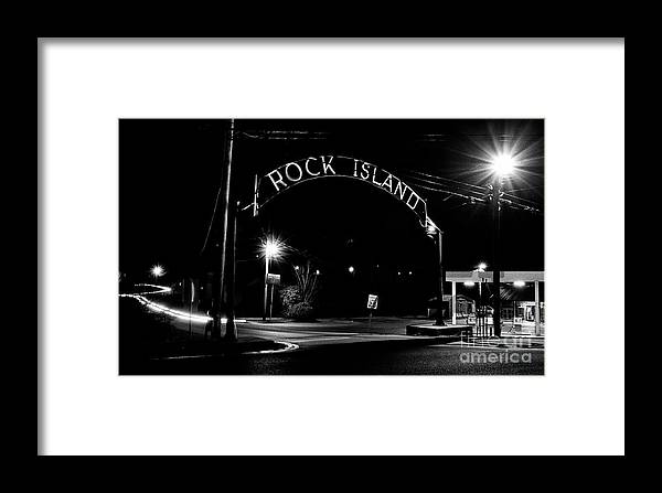Rockislandentrance Framed Print featuring the photograph Rock Island Entrance by Stanton Tubb