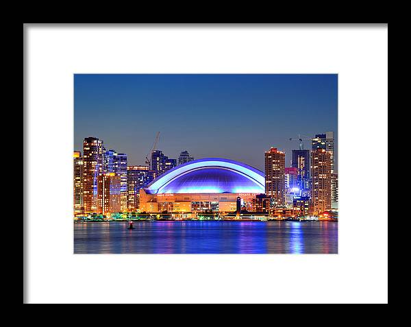 Toronto Framed Print featuring the photograph Rogers Center by Songquan Deng