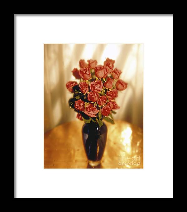 Red Framed Print featuring the photograph Roses by Tony Cordoza