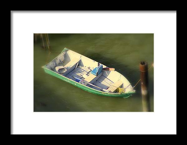 Carcinas Bridge Framed Print featuring the photograph Row Row Row Your Boat by Kerry Reed