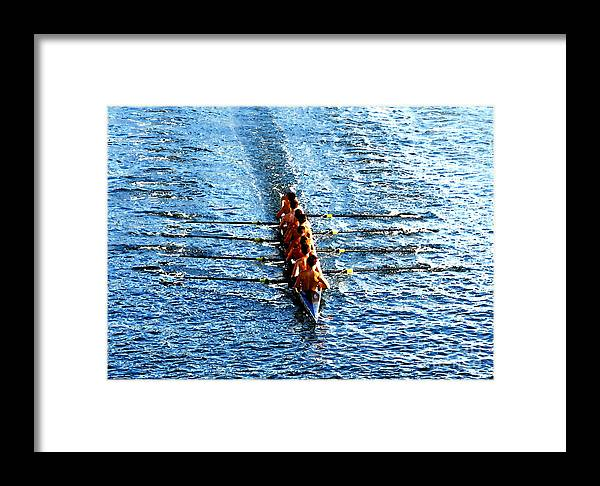 Rowing Framed Print featuring the photograph Rowing In by David Lee Thompson