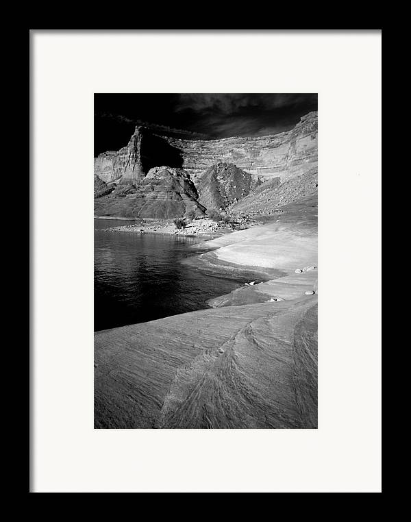Photography Framed Print featuring the photograph Sandstone Shoreline And Cliffs Lake Powell by Tom Fant