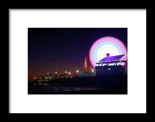 Beach Framed Print featuring the photograph Santa Monica - Ferris Wheel by Andre Distel