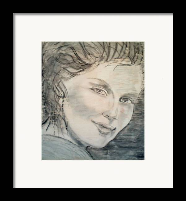 Woman Framed Print featuring the drawing Savannah Smiles Again by J Bauer