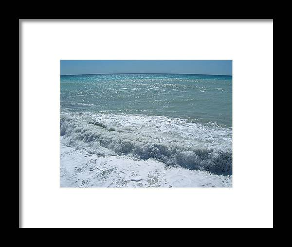 Sea Framed Print featuring the photograph Sea Waves by Tiziana Verso