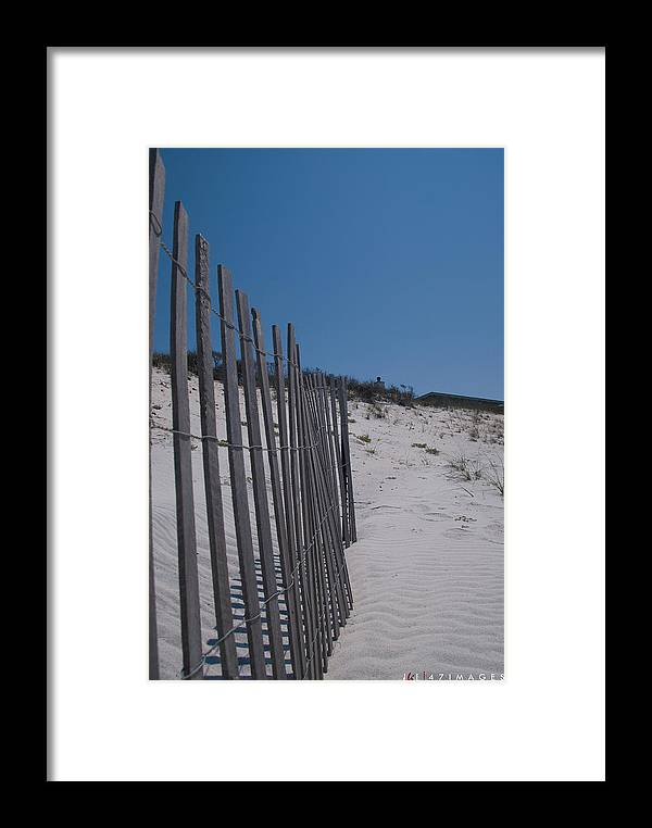 47images Framed Print featuring the photograph Seaside 01 by Jonathan Ellis Keys