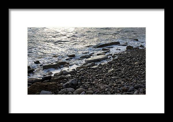 Beach Framed Print featuring the photograph Shoreline Park 0967 by Edward Ruth