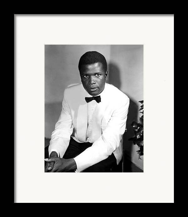 1950s Fashion Framed Print featuring the photograph Sidney Poitier, On The Set For The Film by Everett
