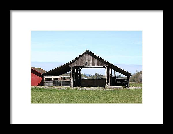 Old Barns Framed Print featuring the photograph Skagit Barn Sb5019 by Mary Gaines