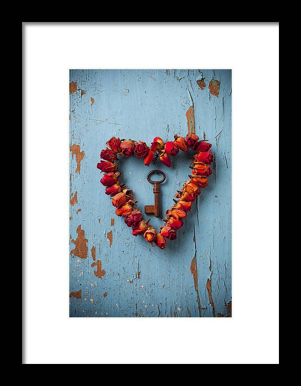 Love Rose Heart Wreath Key Framed Print featuring the photograph Small Rose Heart Wreath With Key by Garry Gay