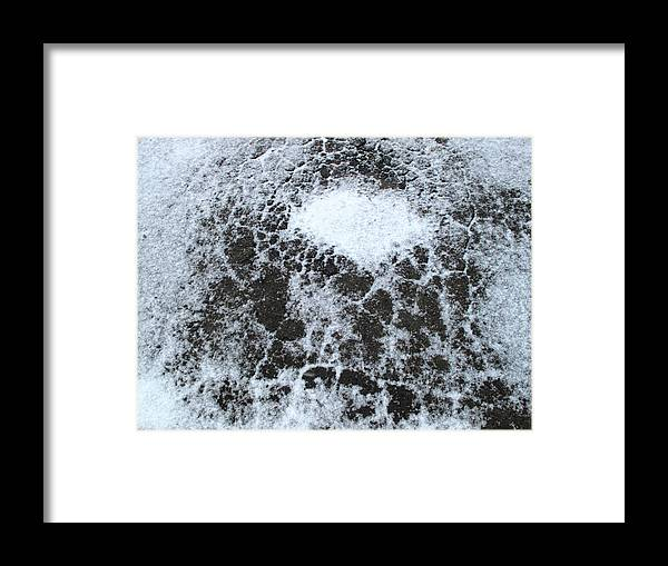 Snow Framed Print featuring the digital art Snow Patterns by Lyle Crump