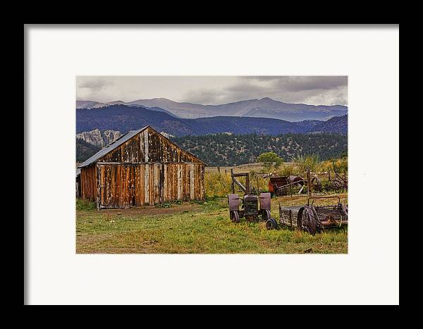 Black Mesa Framed Print featuring the photograph Spanish Peaks Ranch 2 by Charles Warren