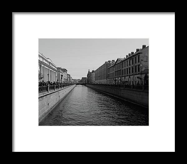 St Petersburg Framed Print featuring the photograph St Petersburg Waterway - Black And White by Lee Hart