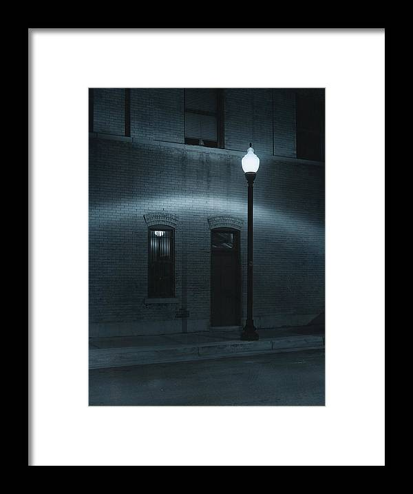 Street Light Framed Print featuring the photograph Street Lamp Arc by Jim Furrer