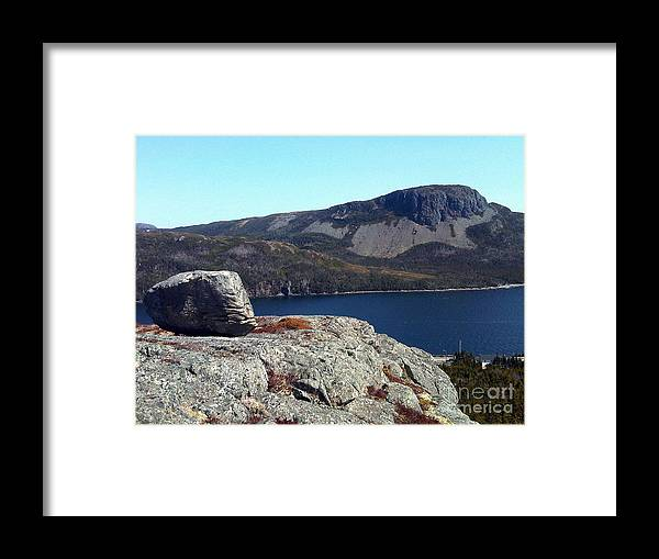 Sugarloaf Hill Framed Print featuring the photograph Sugarloaf Hill From The Lookout by Barbara Griffin