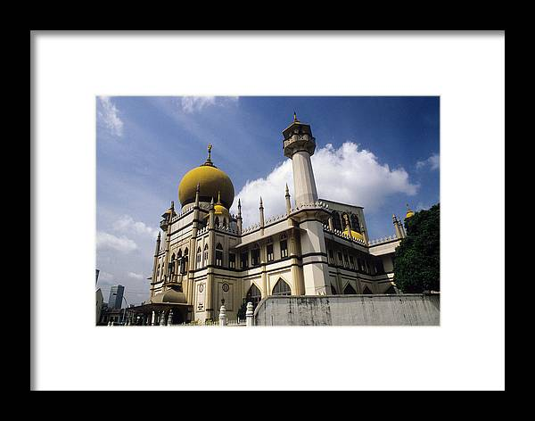 Palace Framed Print featuring the photograph Sultan's Palace In Kuala Lumpar by Carl Purcell