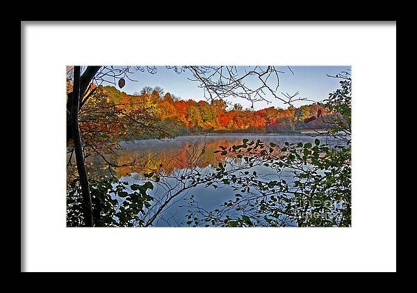 Mountain Framed Print featuring the photograph Sunrise At Schooleys Mountain by Robert Pilkington