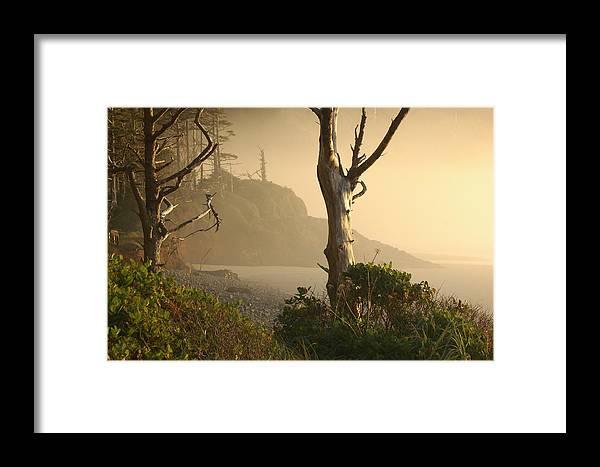 Landscape Framed Print featuring the photograph Sunrise Haze by Lori Mellen-Pagliaro