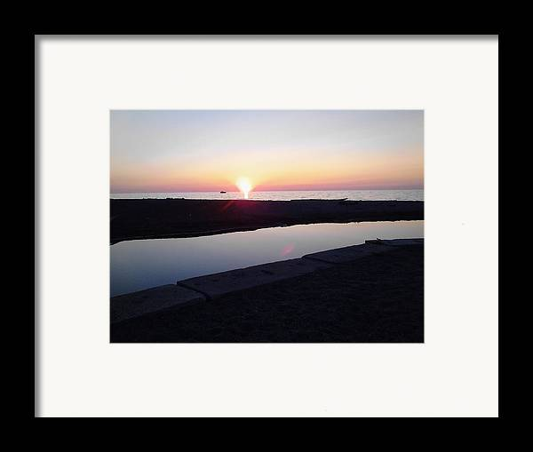 Sunset Framed Print featuring the photograph Lake Erie Sunset by John Parry