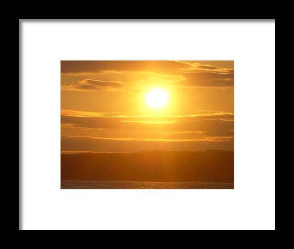 Sunet Framed Print featuring the photograph Sunset On The Horizon 5 by Sharon Stacey