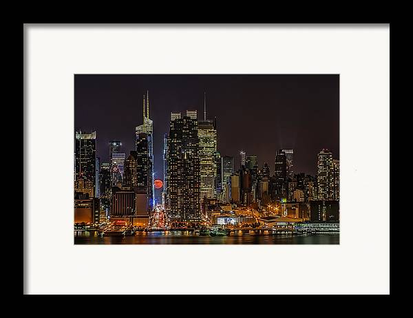 Super Moon Framed Print featuring the photograph Super Moon Rising by Susan Candelario