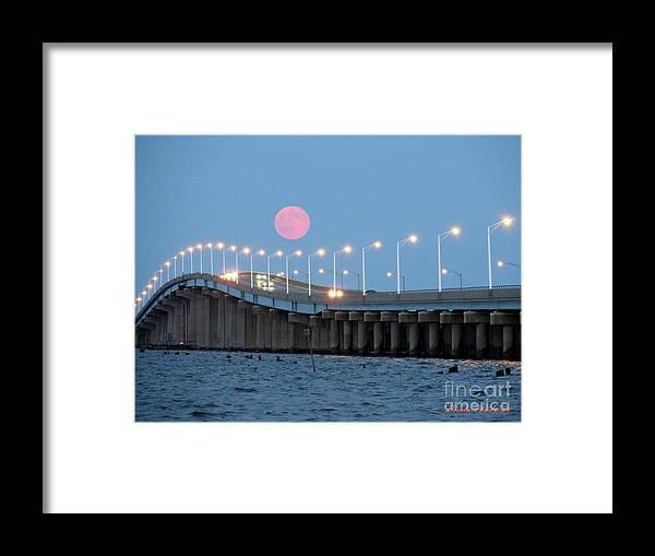 Moon Framed Print featuring the photograph Super Moon by Robert Henne