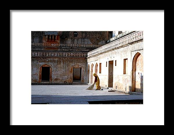 India Framed Print featuring the photograph Sweeping Inside Of Amber Palace by Diana Davenport
