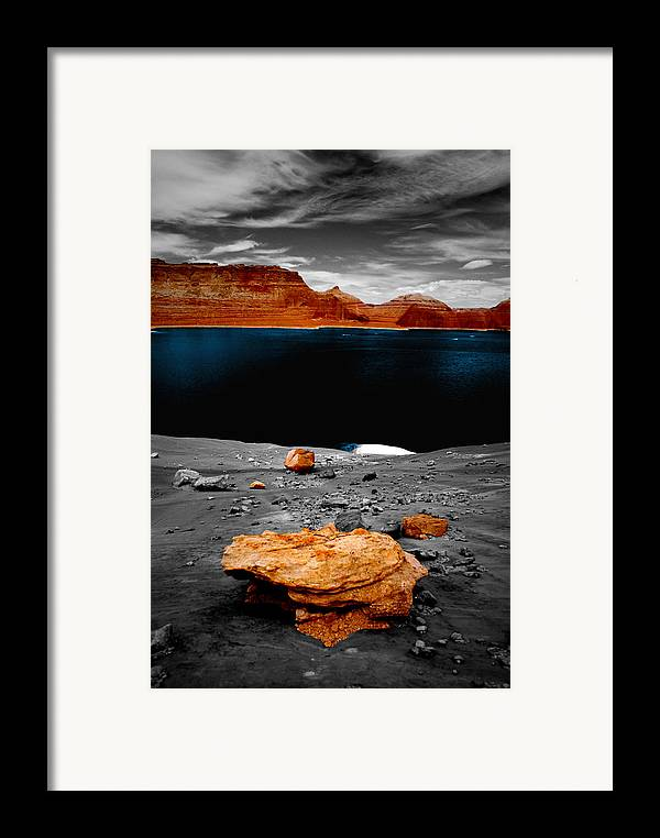 Photography Framed Print featuring the photograph Tabletop Boulder Lake Powell by Tom Fant