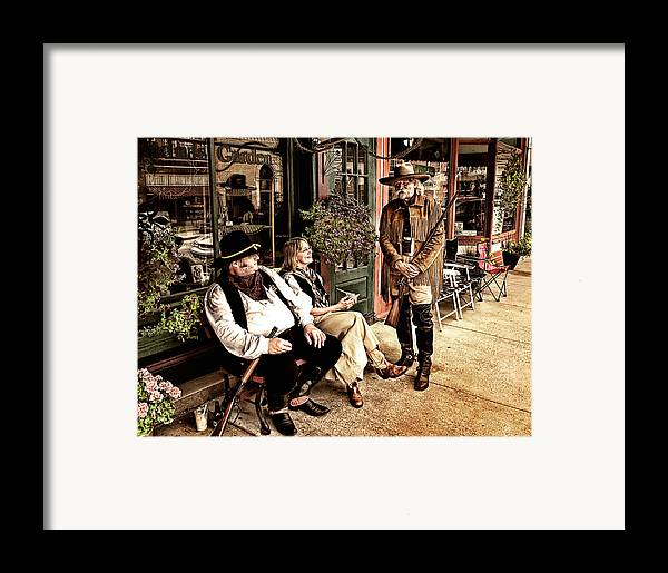 Photograph Framed Print featuring the photograph Taking A Break by Al Mueller
