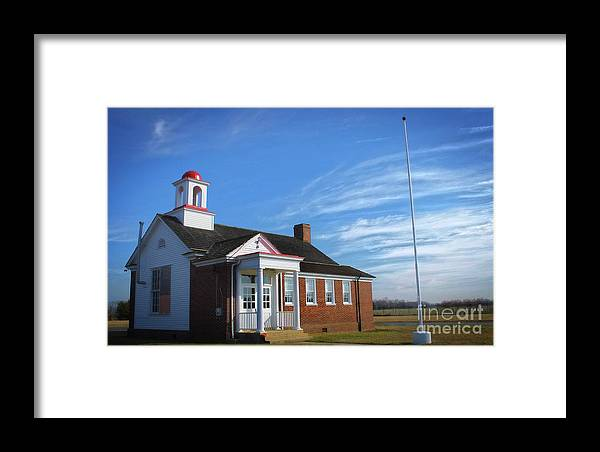 Scenic Tours Framed Print featuring the photograph Taylor Bridge School by Skip Willits