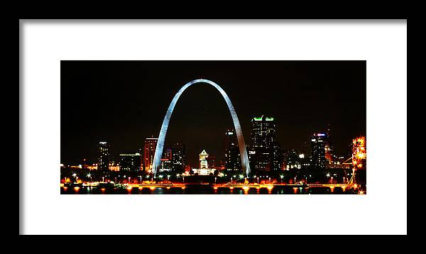 St Louis Framed Print featuring the photograph The Arch by Anthony Jones