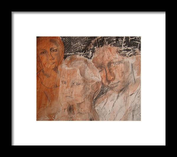 Beautiful Framed Print featuring the drawing The Eyes of Alianna by J Bauer