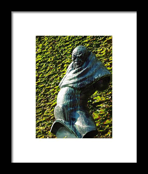 Sculpture Framed Print featuring the photograph The Guardian Of The Garden by Garth Glazier