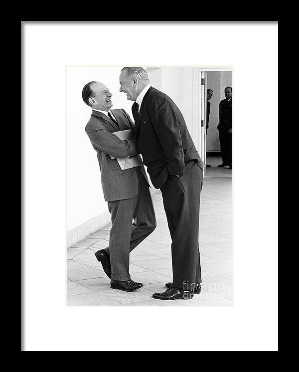 Government Framed Print featuring the photograph The Johnson Treatment, 1965 by Science Source