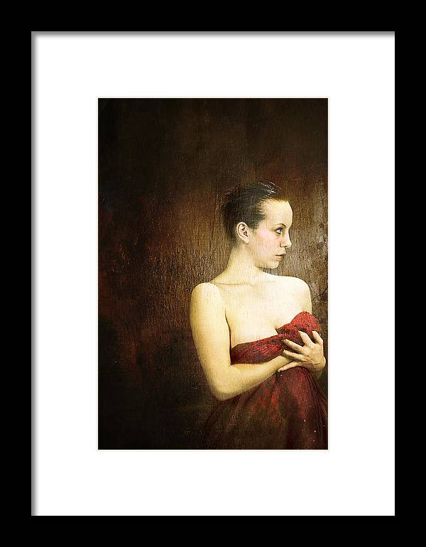 Framed Print featuring the photograph The Last Look by Zygmunt Kozimor