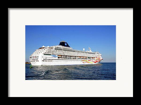 Heading South Framed Print featuring the photograph The Norwegian Sun Is Leaving by Susanne Van Hulst