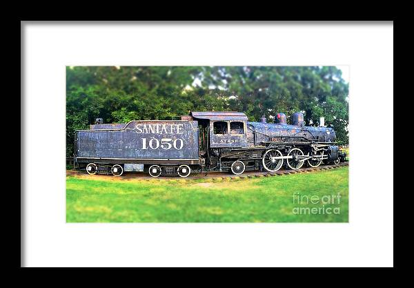200 Views Framed Print featuring the photograph The Old 1050 by Jenny Revitz Soper
