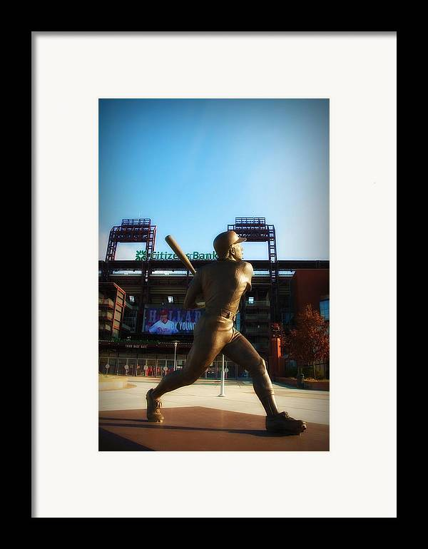 Mike Schmidt Framed Print featuring the photograph The Phillies - Mike Schmidt by Bill Cannon