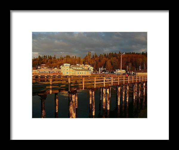 Sound Framed Print featuring the photograph The Pier At Redondo by Lori Seaman
